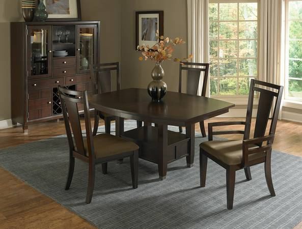 check this broyhill dining table 225 in dfw metroplex